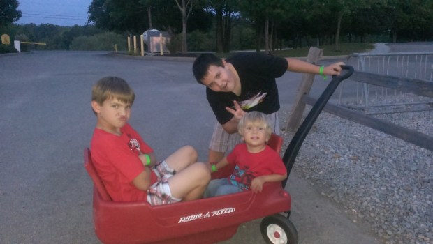 Avery, Keaton and Sully ready for a wagon ride