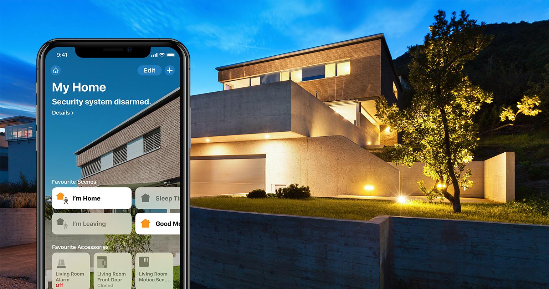 Bloquea y desbloquea tus puertas, configura tus alarmas y controla tus sensores de movimiento, todo desde la palma de tu mano. No tienes que estar en casa para controlar tu hogar. Puedes hacerlo desde cualquier lugar.