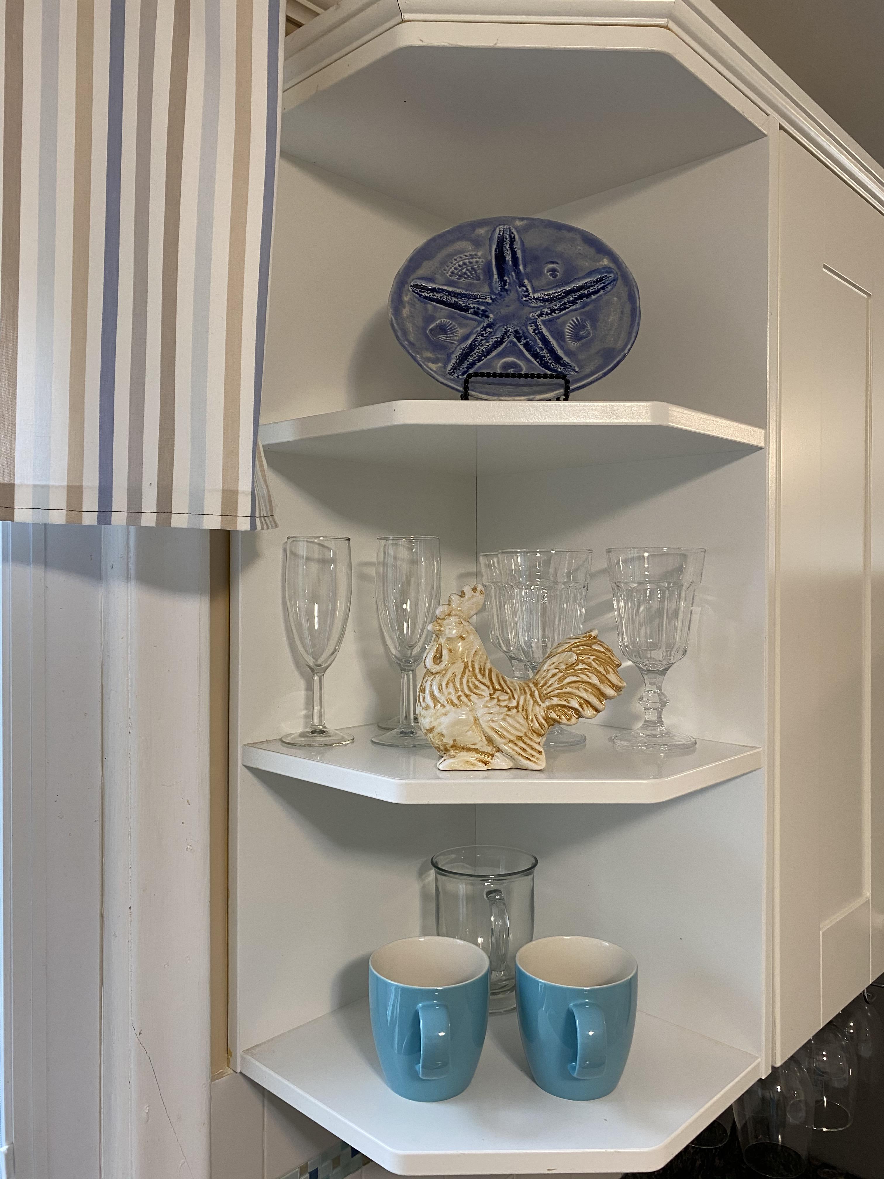 Coastal Kitchen Shelf Vignette