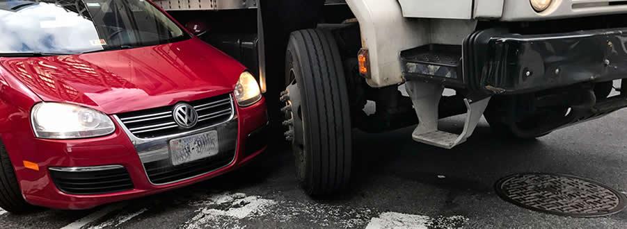 Smith ayuda a las víctimas y sus familias a recibir una compensación por sus lesiones. Abogados de Accidentes Camiones en San Bernardino, CA