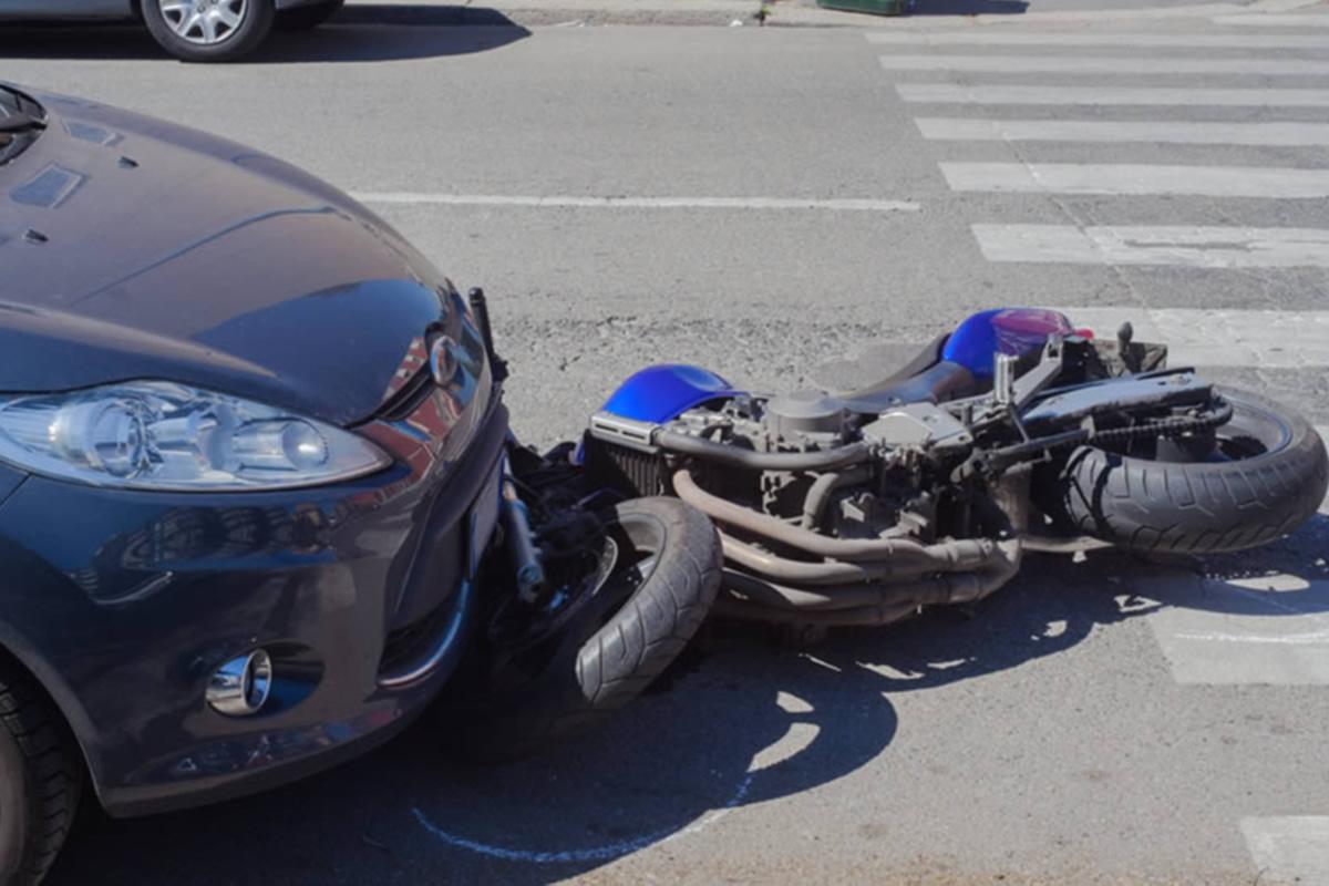 Con accidentes en motocicleta en particular, encontrar a un abogado experto que entienda completamente la ley de motocicletas de florida y cómo navegar por las. Abogados de Accidentes de Motocicletas en Riverside