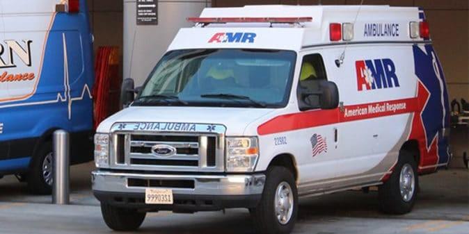 Muere peatón impactado por tren del Metro en la avenida Vermont, cerca del bulevar Beverly, en el este de Hollywood, CA