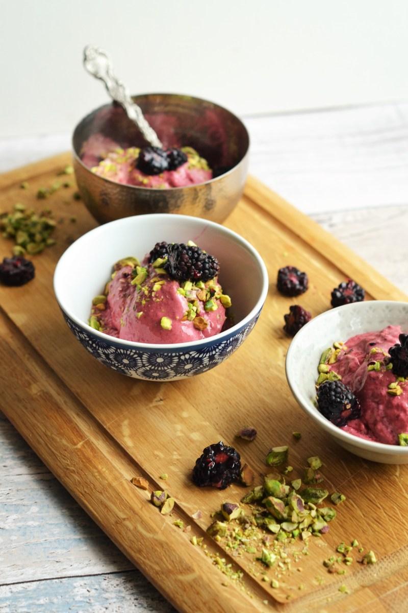 Blackberry and Pistachio Frozen Yoghurt