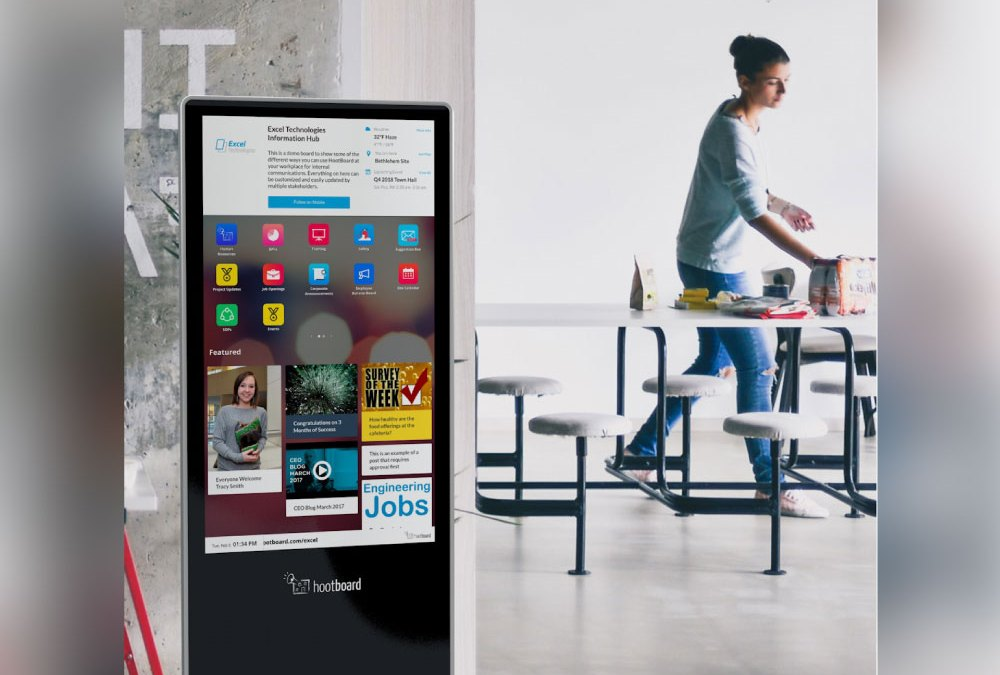 8 Ways to Use Digital Kiosks to Improve the Employee Engagement Experience