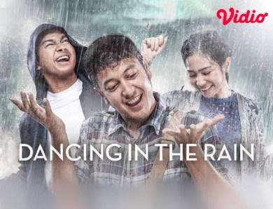 Alur Cerita Film Dancing In The Rain, Ketika Dimas Anggara Berperan Sebagai Anak Autis