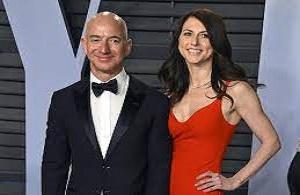 Jeff Bezos with his Wife Mackenzie Scott