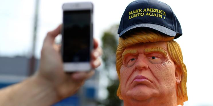 san-francisco-ca---august-18--a-passerby-takes-a-picture-of-a-statue-depicting-republican-presiden