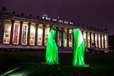 festival-of-lights-old-museum-berlin-light-art-show-exhibition-lumina-guardians-of-time-manfred-kili-kielnhofer-contemporary-arts-design-sculpture-2977
