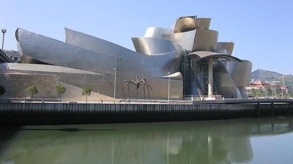 Guggenheim-Bilbao_desempleados