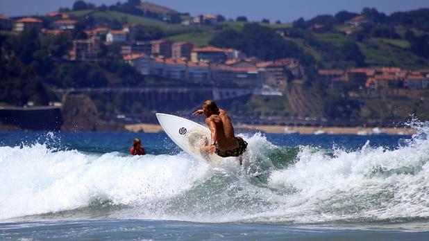 618_348_basque-countrys-best-break