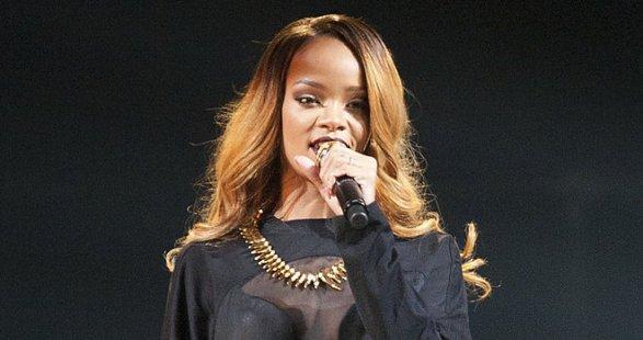 Rihanna-in-Bilbao-Mai-2013_image_660