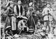 Familia de gitanos vascos (principios del siglo XX)