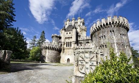 Vista del Castillo de Butrón. Puesto en subasta pública por BNP-Paribas