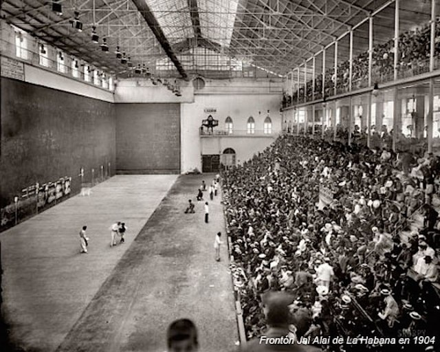Jai Alai in Havana in 1904 (from the website Conexión cubana)