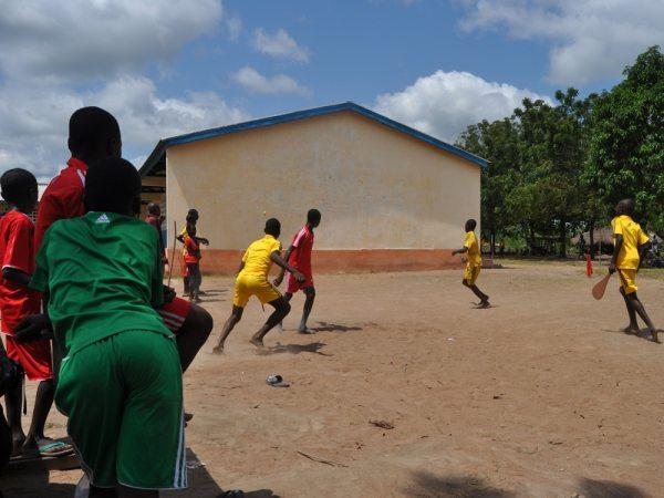 2010 : Nouveau fronton à l'école de Séva. (Togo19)