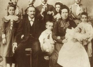 La primera generacion de la familia Aboitiz Yrastorza con su patriarca Paulino Aboitiz