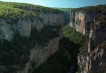 Im Canyon von Arbayún, der größten Schlucht von Navarra: ein Vogel- und Naturschutzgebiet.