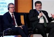 El alcalde de Bilbao en la cumbre de lideres locales de Bogota