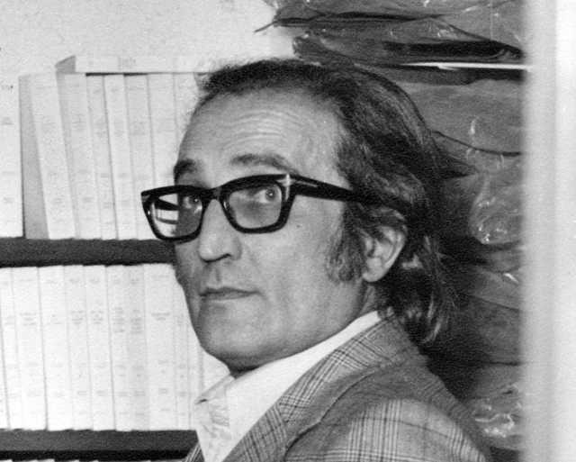 Gabriel Aresti Segurola (Bilbao, 14 de octubre de 1933 - Bilbao, 5 de junio de 1975)