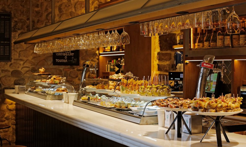good ten of the best pintxo bars in bilbao from the guardian with buffet cuisine en pin. Black Bedroom Furniture Sets. Home Design Ideas