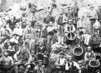 Mineros en una explotación de hierro de Bizkaia