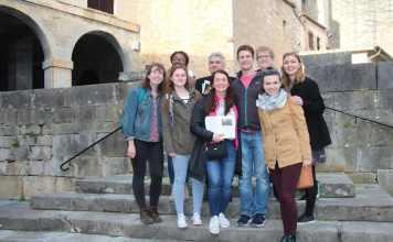 Bernardo Atxaga y estudiantes del College of William and Mary's
