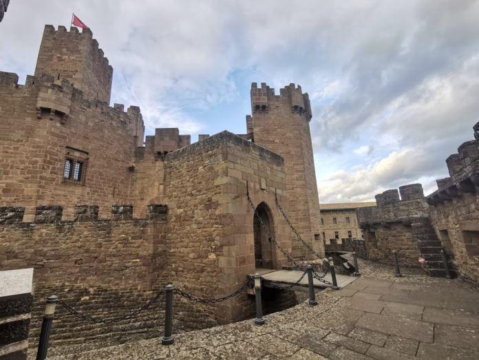 Castillo de Javier (acceso)