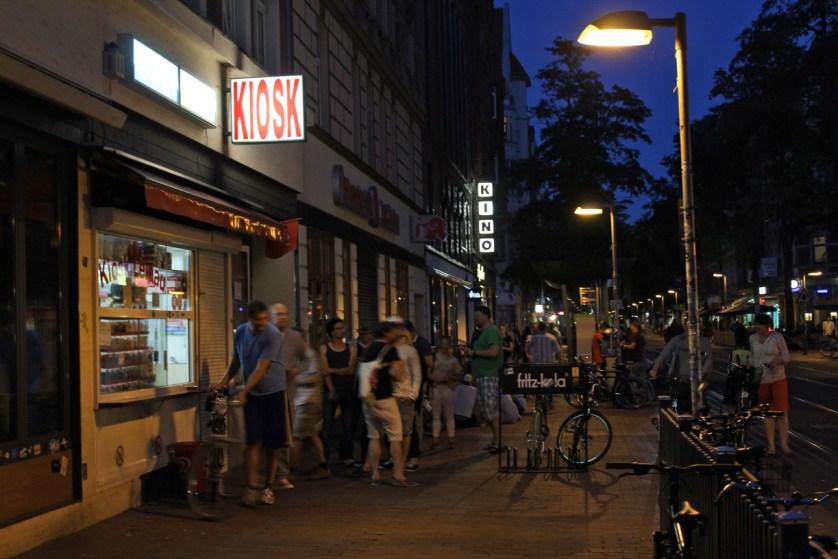 Kiosk-Schlange