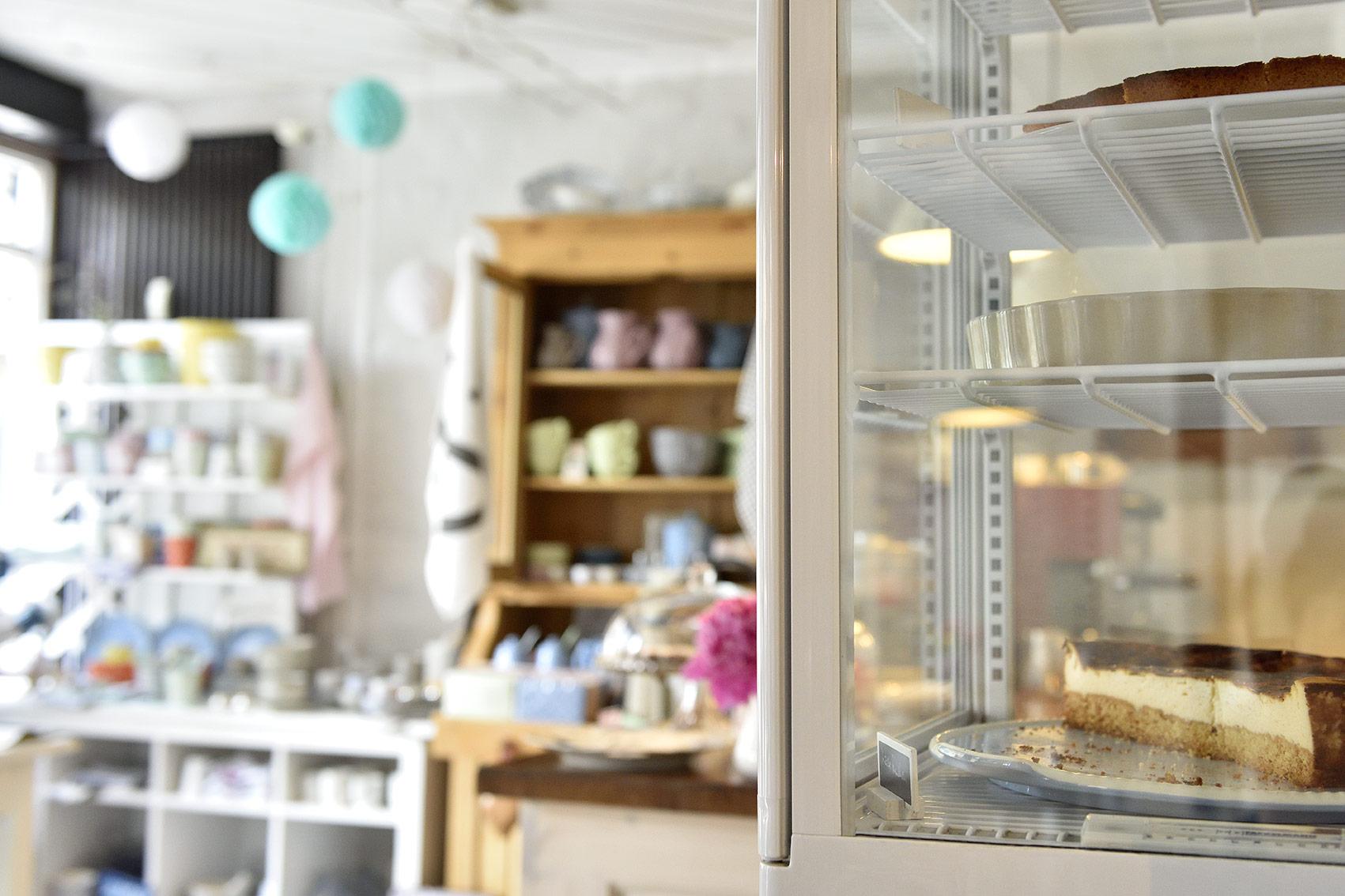 Jeden Tag gibt es selbstgebackenen Kuchen, je nach Saison schweren oder leichten, mit Obst oder ohne. Foto: BSM/Daniel Möller