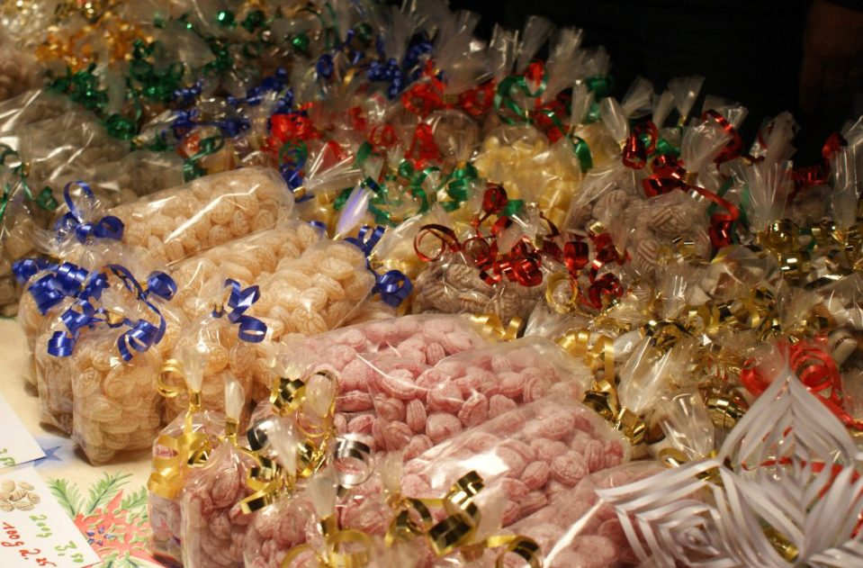 Süße Leckereien bei Weihnachten am Meer
