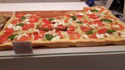 Focaccia - ein Snack im Göttinger Delikatessengeschäft
