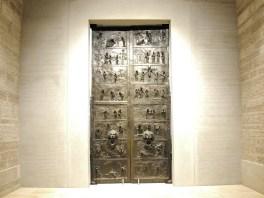 Die Tür des Bischofs Bernward.