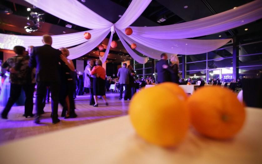 Bei diesem Ball dreht sich alles um die Apfelsine
