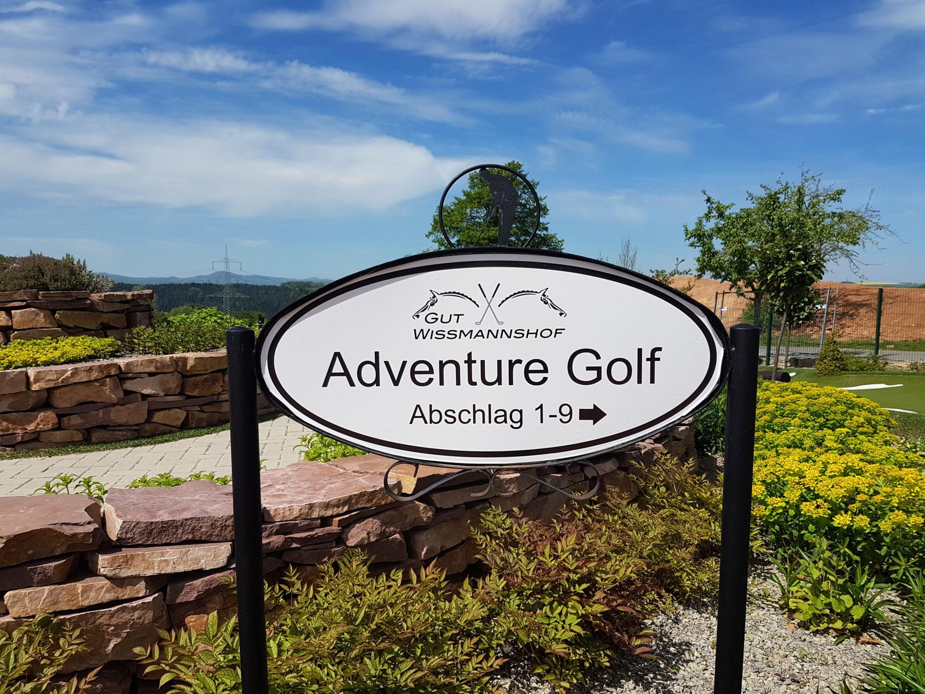 Hier können sich Familien und Kinder austoben: Adventure Golf (c) Giel