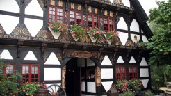 Eingang Trachtenhaus