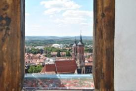 Blick vom Jacobikirchturm nach Süden über die Göttinger Altstadt mit Johanniskirche (c) Michaela
