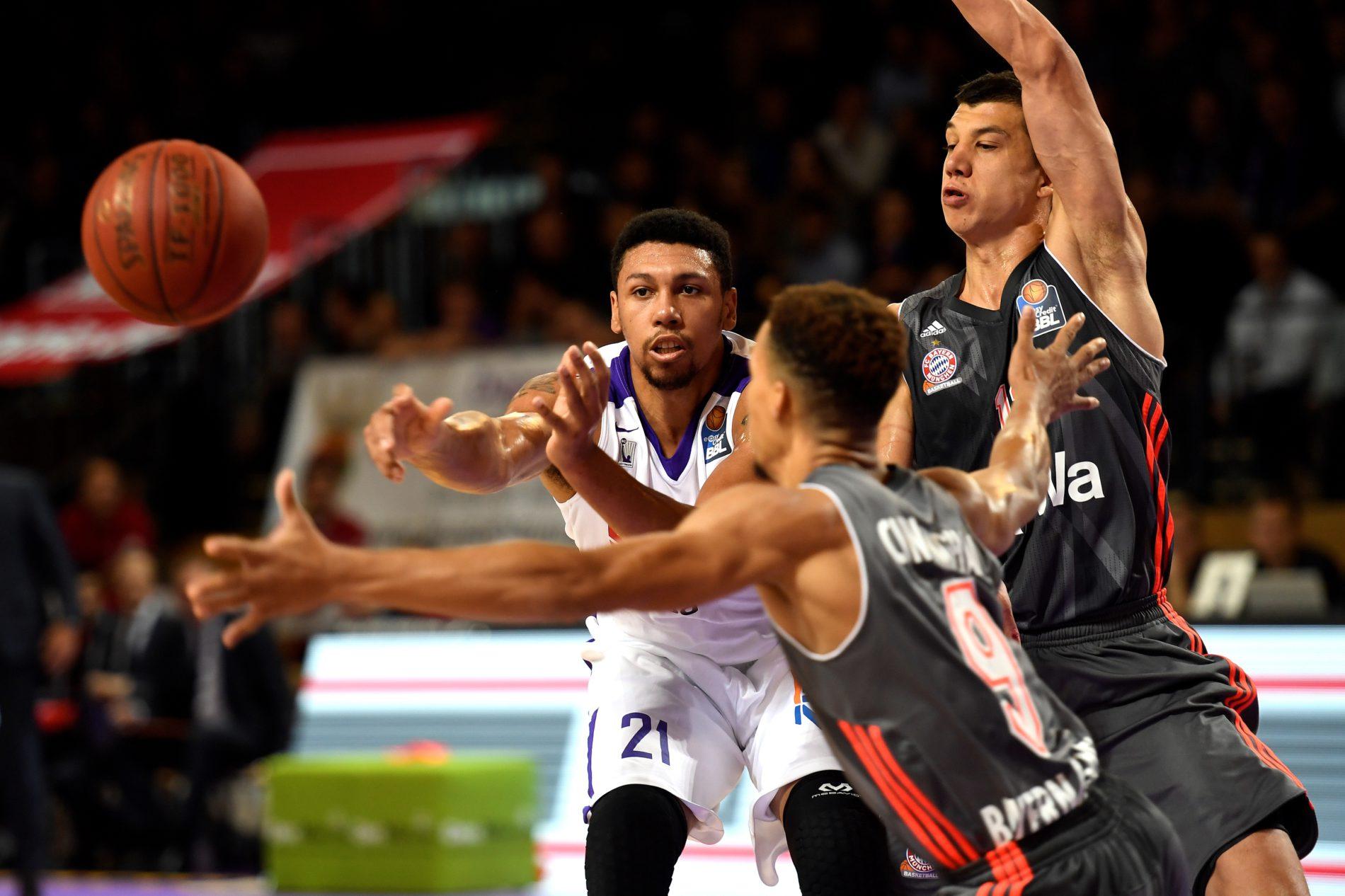 Kampfszene aus dem Basketball-Spiel zwischen Göttingen und München