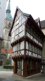Der umgestülpte Zuckerhut -ein altes Fachwerkhaus mit liebe wieder aufgebaut (c) Keno Hennecke
