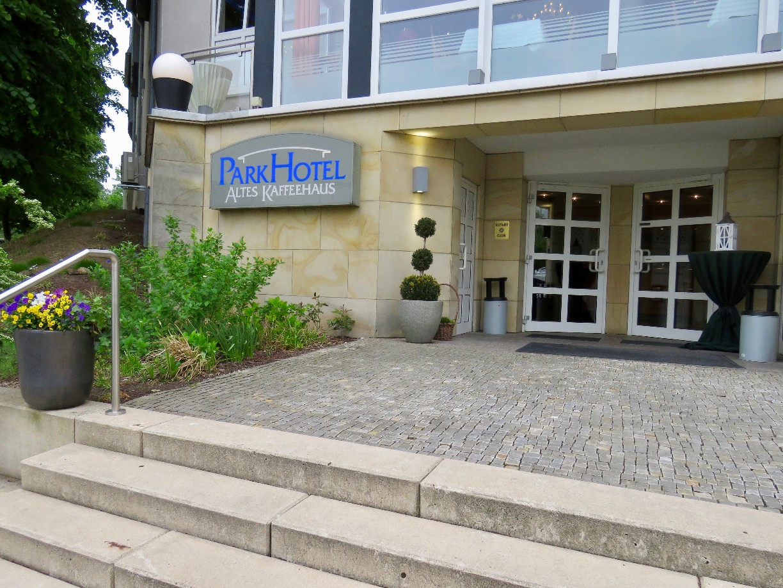 Hinter dem Parkhotel können Gäste am Stadtgraben und in den Okerauen joggen oder spazieren gehen