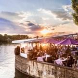 Maschseefest Hannover, bei strahlendem Sonnenschein genießen die Besucher das Maschseefest in Hannover