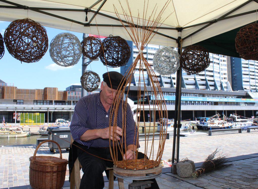 Korbmacher auf dem SeeStadtFest - Landgang Bremerhaven (c) Tanja Mehl