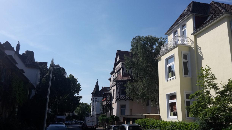 Unterwegs mit dem Reiseführer des Zufalls in Niedersachsens Städten: Waldhausen Stadtteil in Hannover