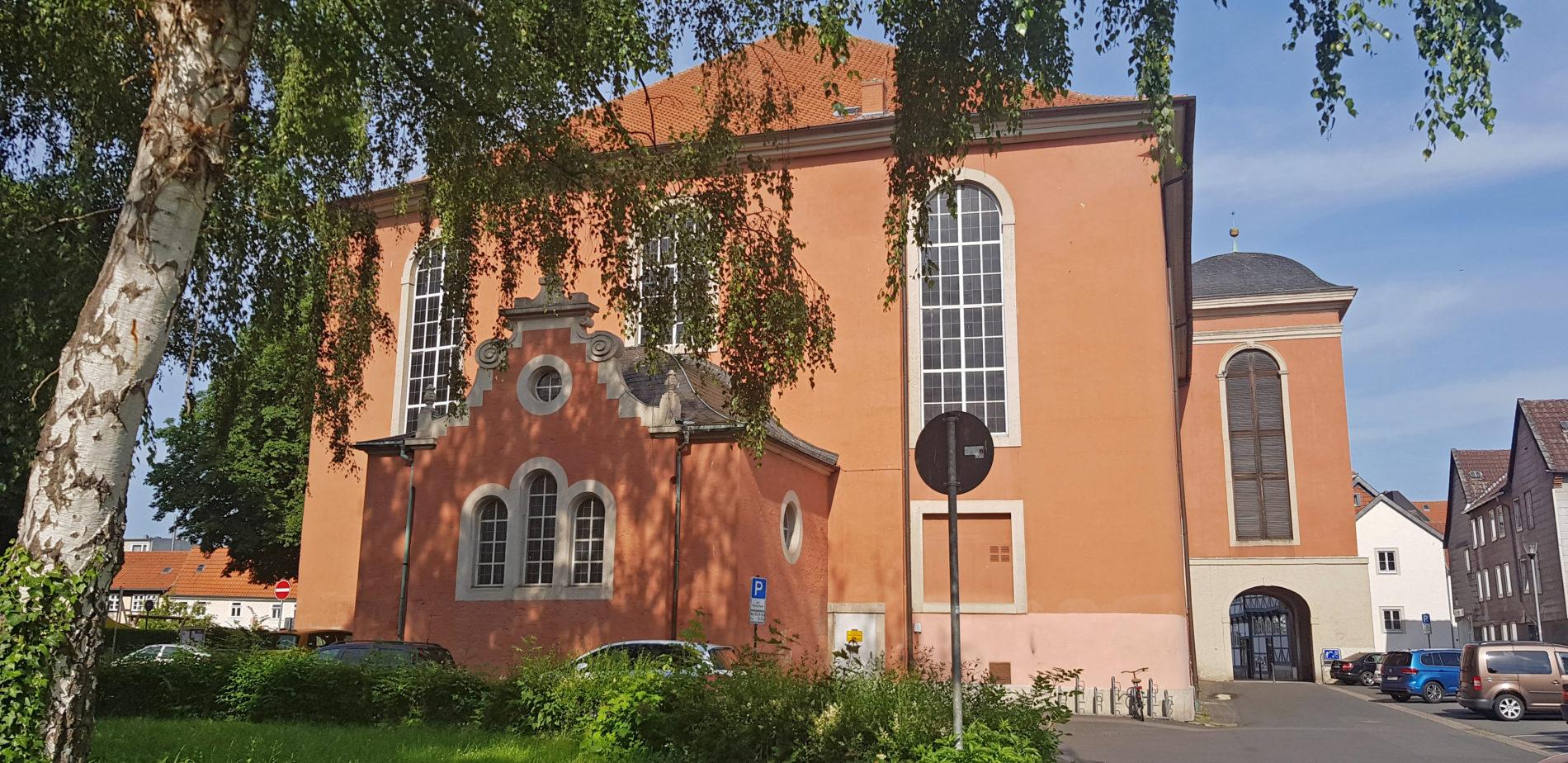 St. Trinitatis-Kirche von hinten
