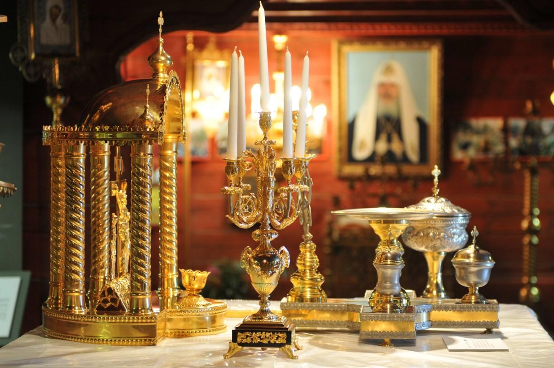 Goldene Prunkstücke in der Gifhorner Russisch-Orthodoxen Kirche