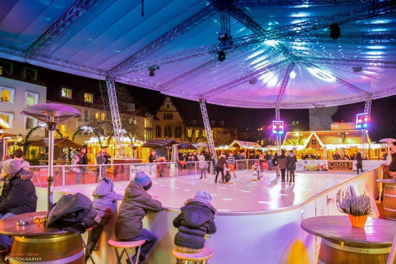 Weihnachtsmarkt Osnabrück: Eiszauber am Ledenhof