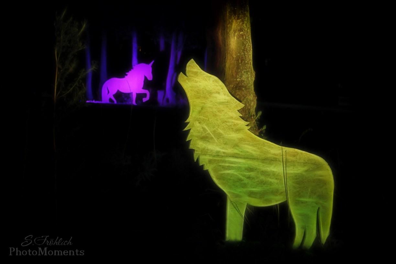 Bucketlist 2020: Illuminierte grüner Wolf und pinkes Einhorn