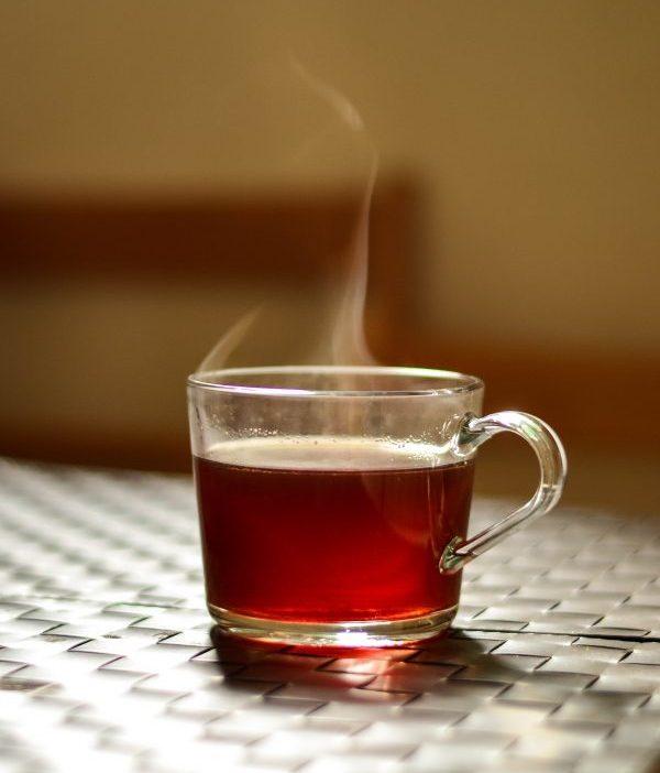 Schuim op thee