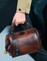 louis-vuitton-brownleather-pfw_GA
