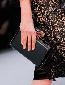 nina-ricci-black-leather-hard-gold-clutch-pfw-aw-2014_GA