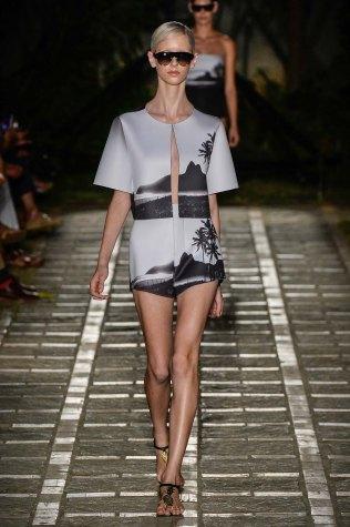 desfile-osklen-praia-fashion-rio-verao2015-103